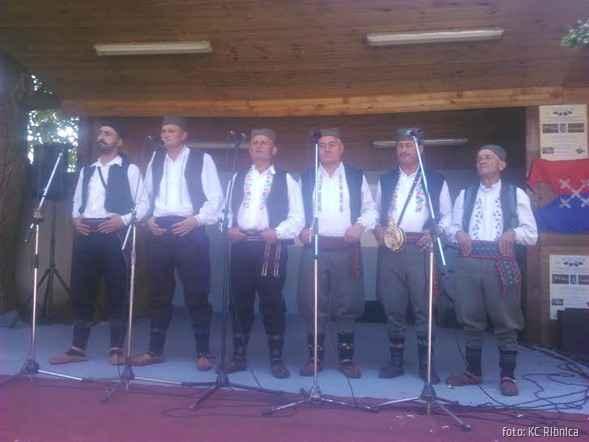 KC Ribnica muska pevacka grupa