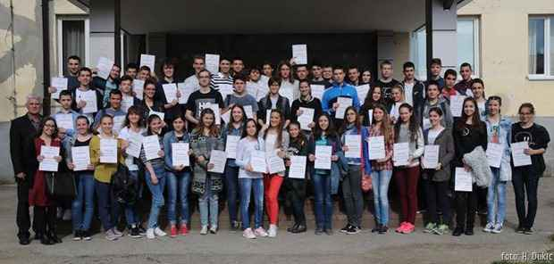 Gimnazija Kraljevo nagrađeni učenici maj 2016.