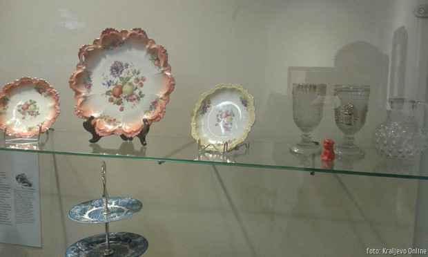 Legat dr Olivere Čolović porcelan